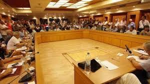 ΚΕΔΕ: Να πληρωθούν οι συμβασιούχοι – Να μην επιβαρυνθούν οι δήμαρχοι