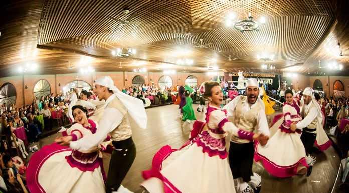 Εργαλειο ανάπτυξης τα τοπικά φεστιβάλ – ΑΓΡΙΝΙΟ